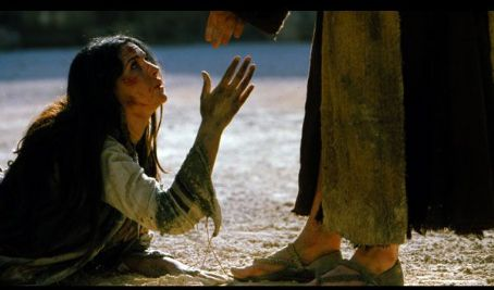 jesus-forgiving-the-woman